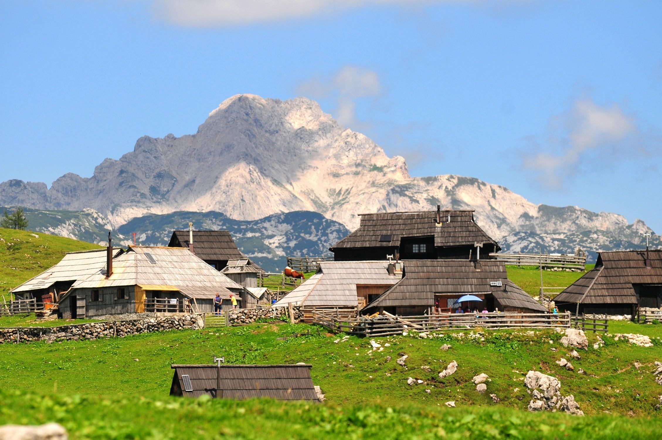 Велика Планина и ее знаменитые хижины