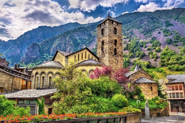 Spain-Andorra_advertisment_tour_6